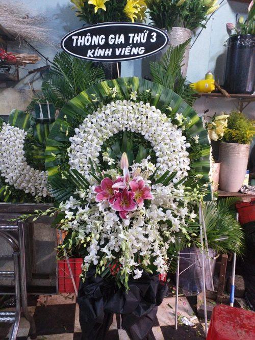 mẫu vòng hoa tang lễ đẹp
