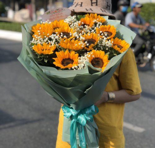 bó hoa hướng dương dành tặng sinh nhật đầy ý nghĩa